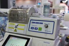 Mètre coulométrique chimique d'humidité images stock