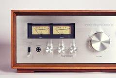Mètres stéréo de l'amplificateur audio vu de vintage Photographie stock libre de droits