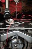 Mécanisme de machine à coudre photos stock
