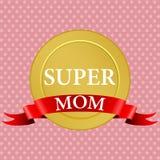 Médaille de maman superbe avec un ruban rouge Photographie stock