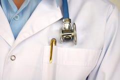 Médecin avec le stéthoscope Photographie stock libre de droits
