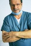 Médecin ou chirurgien aîné Image libre de droits