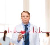 Médecin ou professeur de sourire avec le stéthoscope Images stock