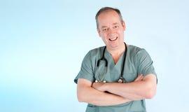 Médecin souriant à vous Photographie stock libre de droits