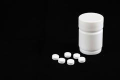 Médecine blanche de pilules Photographie stock