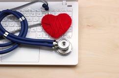 Médecine en ligne Photos stock