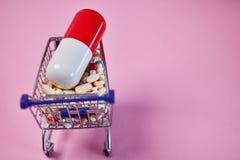M?decines en tant que concept de pharmacie vente par correspondance image libre de droits