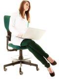 médical Docteur de femme travaillant sur l'ordinateur portable d'ordinateur Photographie stock libre de droits