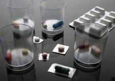 Médicament différent de dosage dans l'hôpital, image conceptuelle image stock