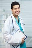 Médico acertado Imagenes de archivo