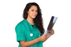 Médico novo com uma radiografia Imagem de Stock