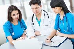 Médicos fotos de archivo libres de regalías