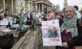 Médicos bajo fuego Reunión en Trafalgar Square Fotografía de archivo libre de regalías