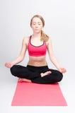 Méditation avec des yeux fermés Photographie stock