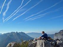 Méditation dans les montagnes Image libre de droits
