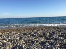 Méditerranée sur la Côte d'Azur. Relax by the sea in France Royalty Free Stock Photos
