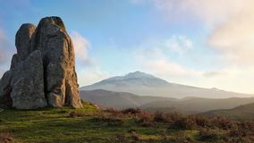 Mégalithe Argimusco et Etna Volcano, Sicile image stock