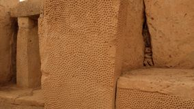 Mégalithe décoré en pierre énorme Hagar Qim Temple Malta clips vidéos