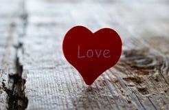 Mélancolie rouge de peine de tristesse de beauté d'amour de coeur image stock