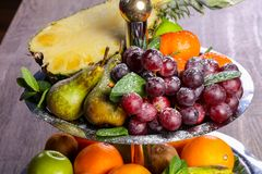 Mélange de corbeille de fruits Photographie stock