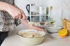 Mélange de la pâte Photo libre de droits