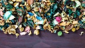 Mélange de pot-pourri d'Aromatherapy des fleurs aromatiques sèches Photographie stock libre de droits