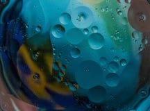 Mélange du ` t de Don de pétrole et d'eau photographie stock libre de droits