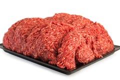Mélange haché frais de viande dans un plat images stock