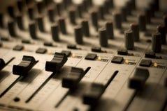 Mélangeur de studio d'enregistrement Images libres de droits