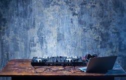 Mélangeur du DJ photo libre de droits
