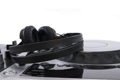 Mélangeur du DJ avec des écouteurs Photo libre de droits
