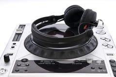Mélangeur du DJ avec des écouteurs Photos libres de droits