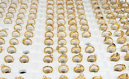 Mémoire de jewelery de Wempe pour les hommes et des femmes Image libre de droits