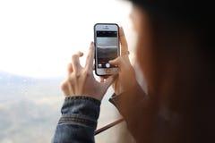 Mémoire de légende par l'appareil-photo de téléphone Photo libre de droits