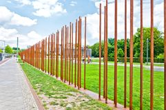 Mémorial à Berlin Wall dans Bernauer Strasse, Berlin - Allemagne Images libres de droits