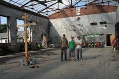 Mémorial d'école de Beslan, où l'attaque terroriste était en 2004 Photos stock