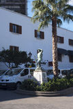 Mémorial de guerre sur le rocher de Gibraltar à l'entrée vers la mer Méditerranée Photographie stock libre de droits