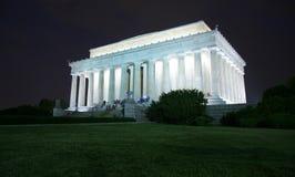 Mémorial de Lincoln la nuit Photographie stock libre de droits