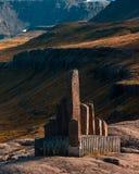 Mémorial près de Seydisfjordur en Islande image stock