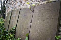 Mémoriaux en pierre dans l'église de temple, Bristol Photos libres de droits