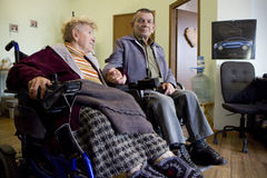 Ménages mariés handicapés photos stock