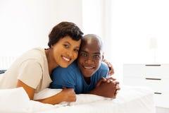 ménages mariés jeune par Africain Images stock