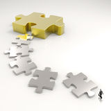 Métal 3d de puzzle d'association et homme d'affaires Photographie stock