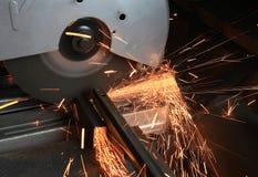 Métal de sawing Photos libres de droits