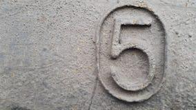 Métal numéro 5 Texture de métal rouillé sous forme de schémas 5 Photographie stock
