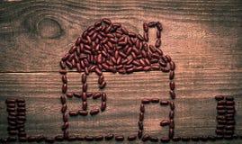 métaphore de maison d'eco des haricots rouges Photos stock