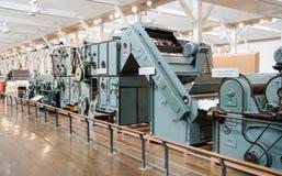 Métier à tisser automatique de Toyoda (1856) montré au musée commémoratif de Toyota de l'industrie et de la technologie photographie stock libre de droits