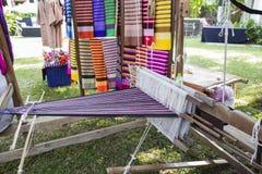 Métier à tisser de tissage thaïlandais traditionnel de style Images libres de droits