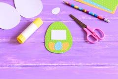 Métiers de papier d'enfants faciles pour Pâques Photos libres de droits