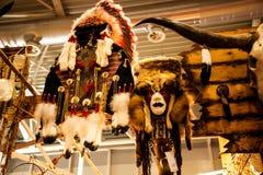 Métiers indigènes de l'Amérique au pays américain et événement occidental à Rome Italie Photos stock
